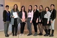 2016-17 Zwei Vize-Landesmeisterinnen beim Fremdsprachenwettbewerb