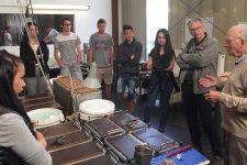 2015-16 Die HAK Landeck auf Exkursion zur Firma WALDE